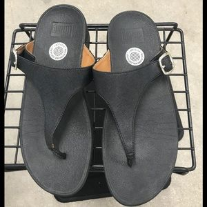 Fitflops Black skinny Leather toe-thong Sandals